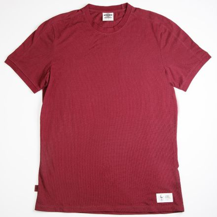 65149U-3ZS-0-THE-SHUTTLEWORTHTEXTURED-TEE--COLOR-WINDSOR-WINE-