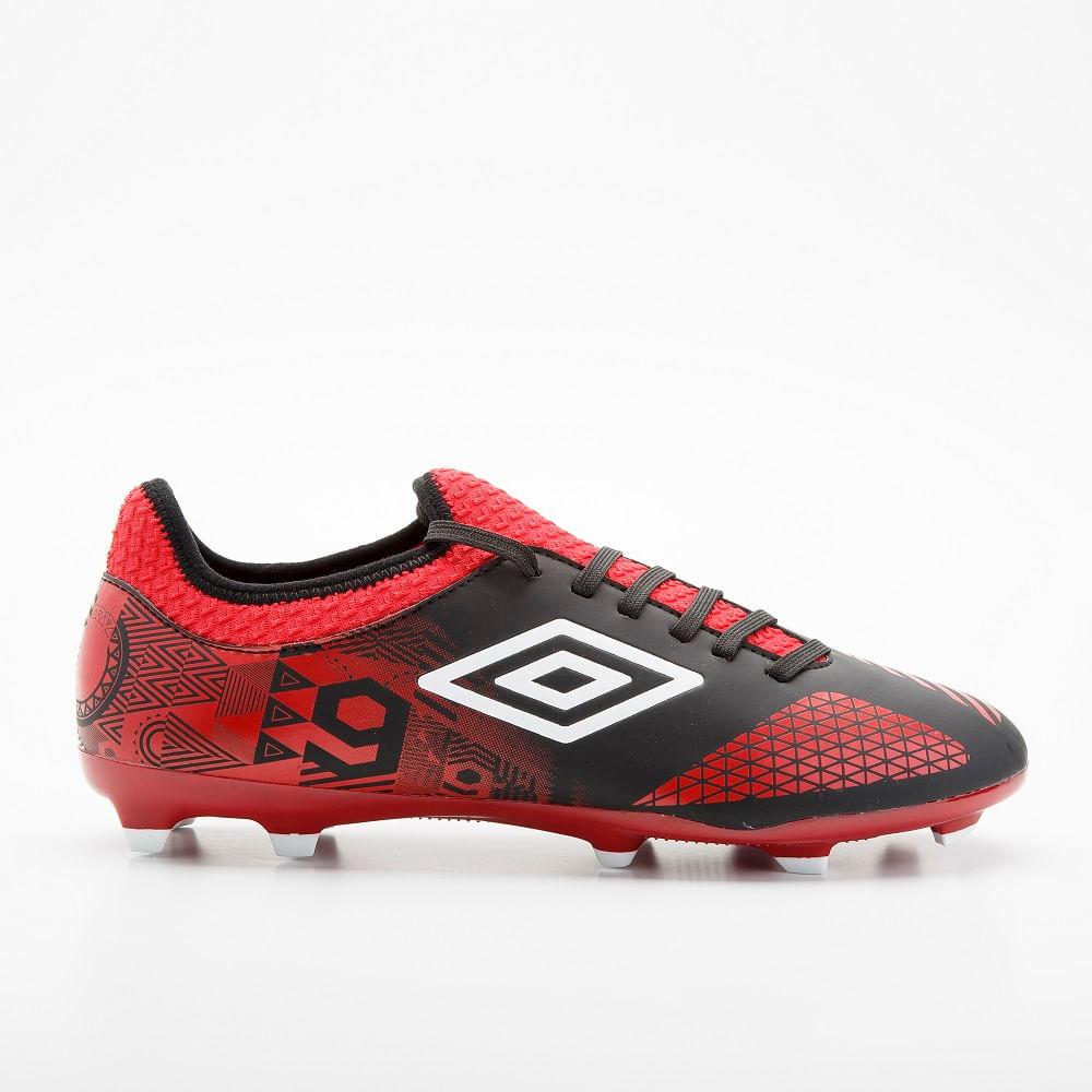 zapatos de futbol umbro precios zara
